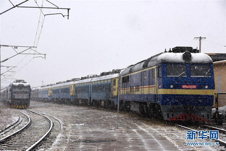 #(環境)(1)內蒙古甘肅等地出現降雪