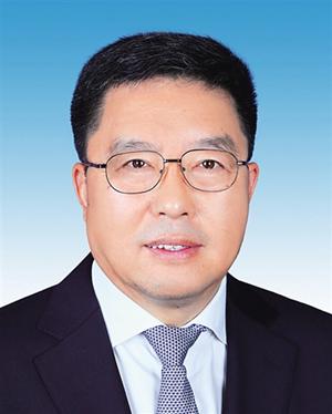 毛万春当选海南省政协主席