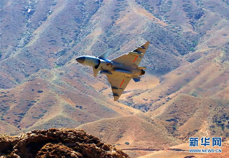 (圖文互動)(1)中國空軍殲-10C戰機擔負戰鬥值班任務