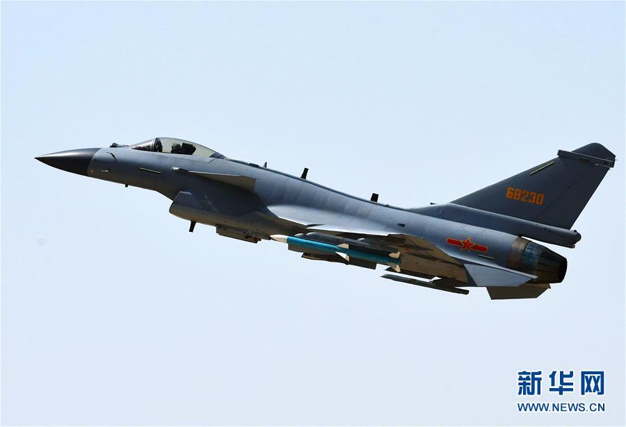 (圖文互動)(3)中國空軍殲-10C戰機擔負戰鬥值班任務