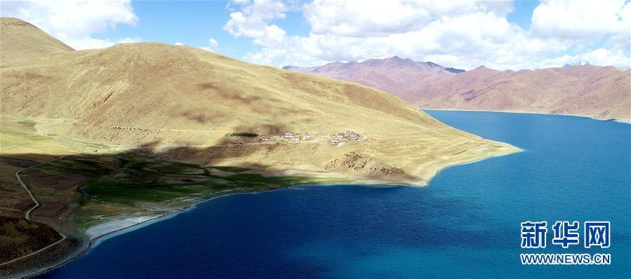 (環境)(1)鳥瞰大美羊湖