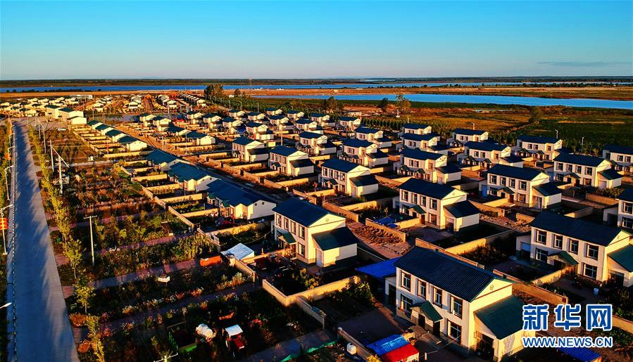 (新華全媒頭條·圖文互動)(1)唱響新時代的烏蘇裏船歌——通往振興之路的黑龍江邊境特色鄉村建設紀實
