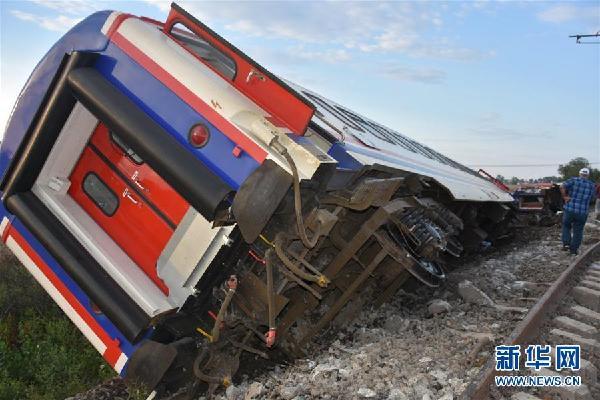 (國際)(1)土耳其火車出軌事故造成10人死亡