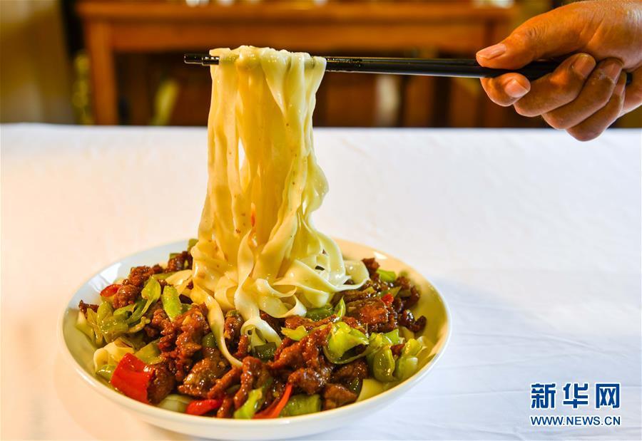 (社會)(15)新疆:家鄉味道