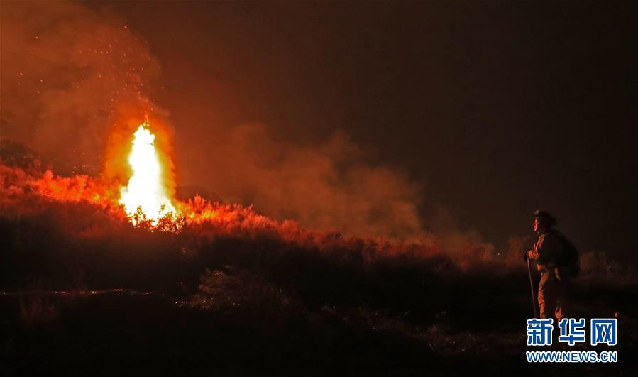 (國際)(10)美國加州山火肆虐