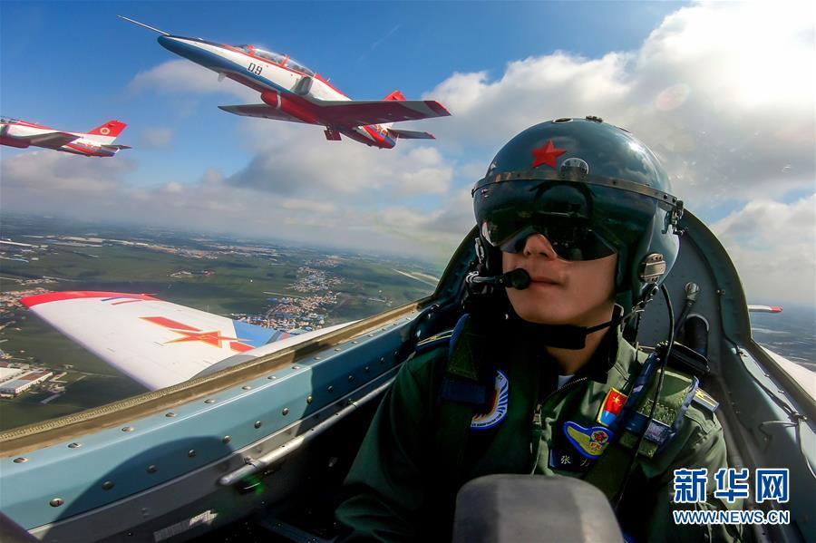 (圖文互動)(1)空軍航空開放活動實戰化演練砥礪新飛行學員制勝空天本領