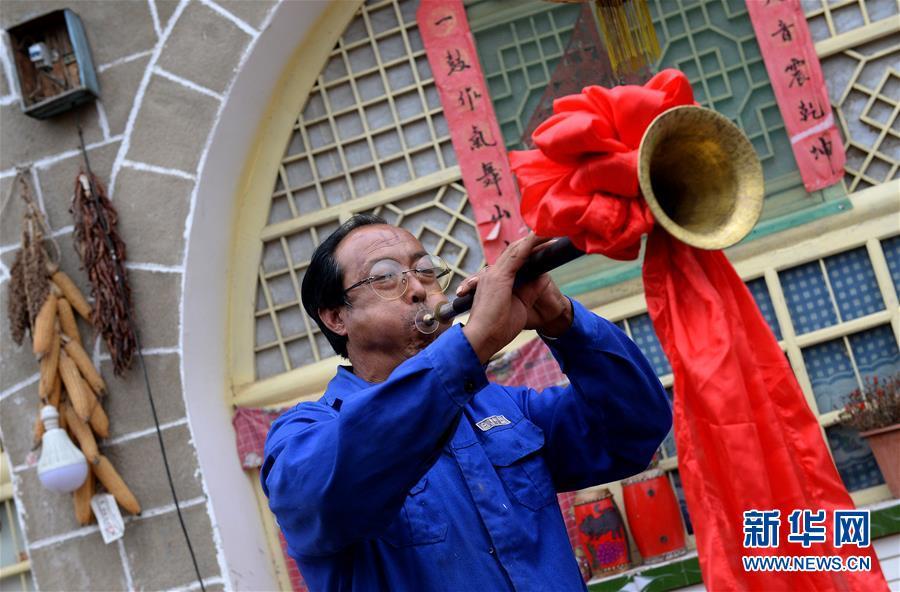 (圖片故事)(3)腰鼓之鄉的手工制鼓師