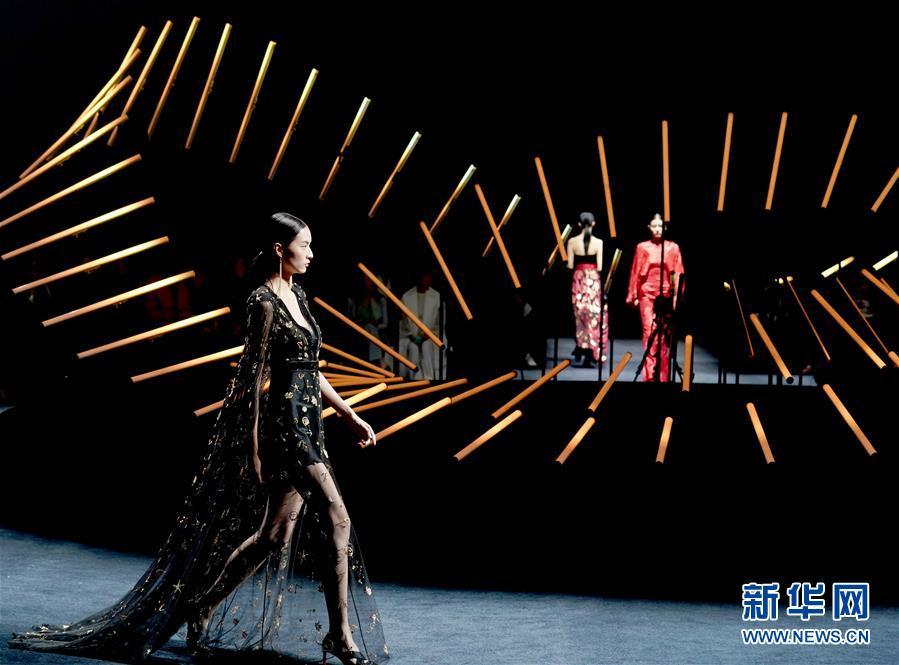 (社會)(1)中國國際時裝周在京落幕