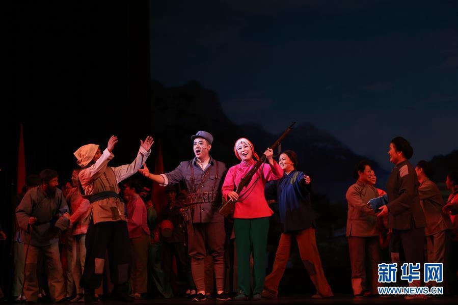 (国际)(4)朝鲜版歌剧《白毛女》在平壤上演
