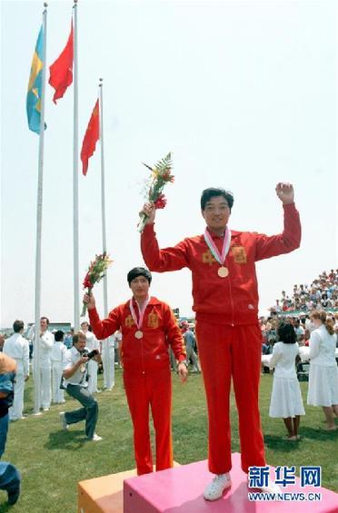 (改革先鋒風採·圖文互動)(1)展現團結一致的拼搏精神——記我國首位奧運冠軍許海峰