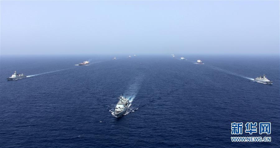 (人民海軍70年·新華全媒頭條·圖文互動)(3)向著深藍出發——獻給人民海軍成立70周年