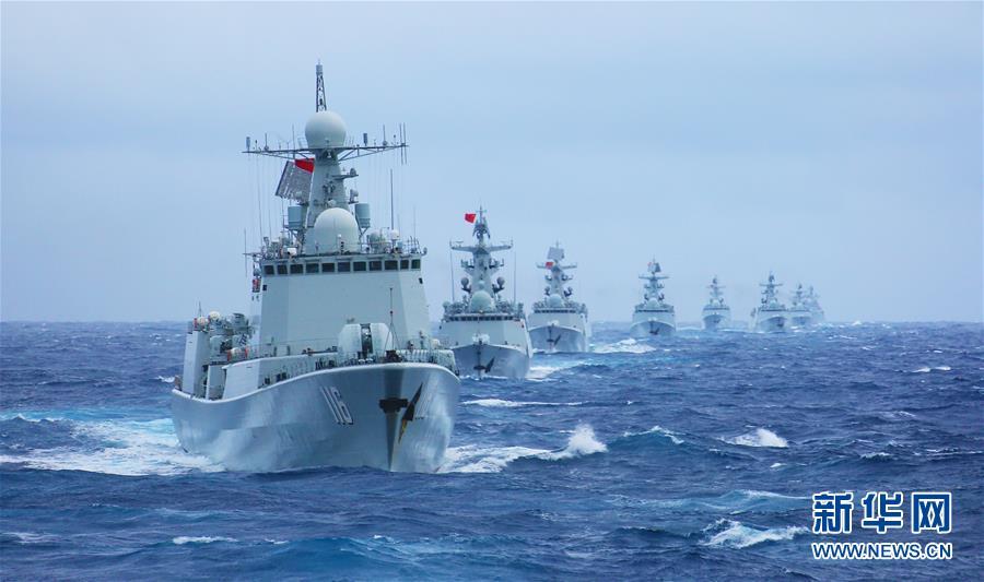 (人民海軍70年·新華全媒頭條·圖文互動)(4)向著深藍出發——獻給人民海軍成立70周年