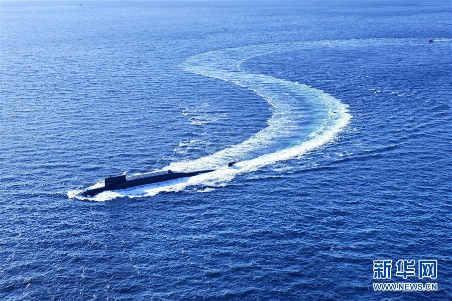 (人民海軍70年·新華全媒頭條·圖文互動)(5)向著深藍出發——獻給人民海軍成立70周年