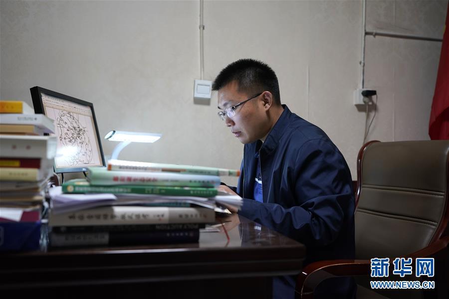 (圖片故事)(1)北大博士:我在雄安當村官