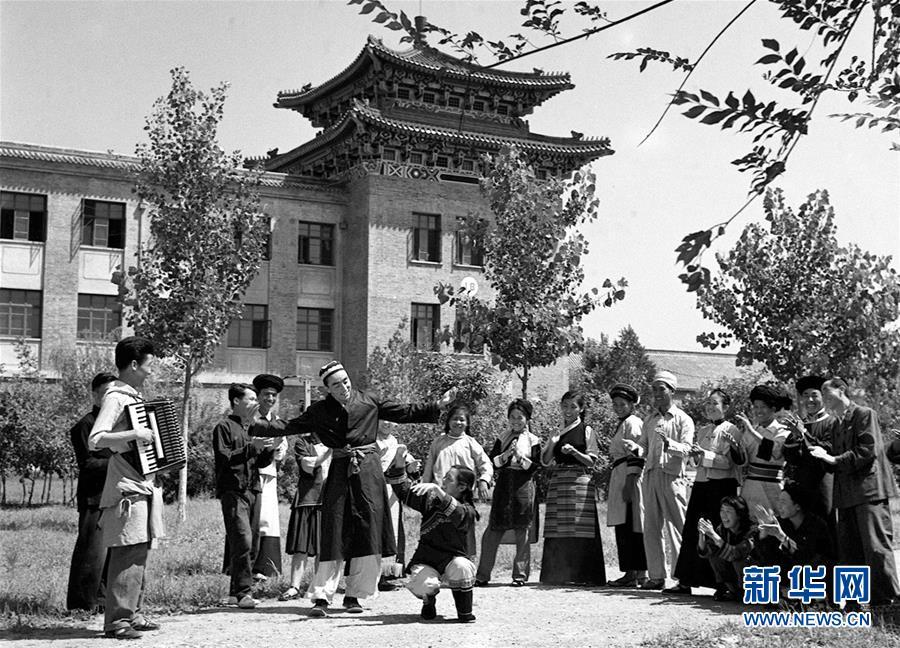 (壯麗70年·奮鬥新時代——新中國崢嶸歲月)(3)中華民族大家庭