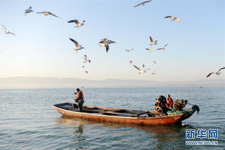 (美麗中國)(5)新疆博斯騰湖畔秋景惹人醉