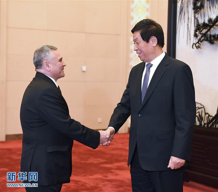 (時政)栗戰書會見土庫曼斯坦國民會議副主席巴巴耶夫