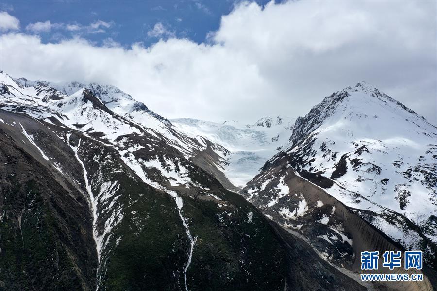 (美麗中國)(1)遠眺來古冰川