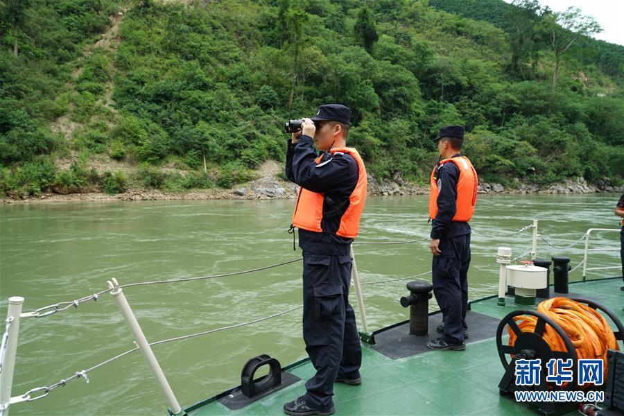 (XHDW)(1)西雙版納瀾滄江水域沉船確認24人落水 1人死亡、6人失蹤