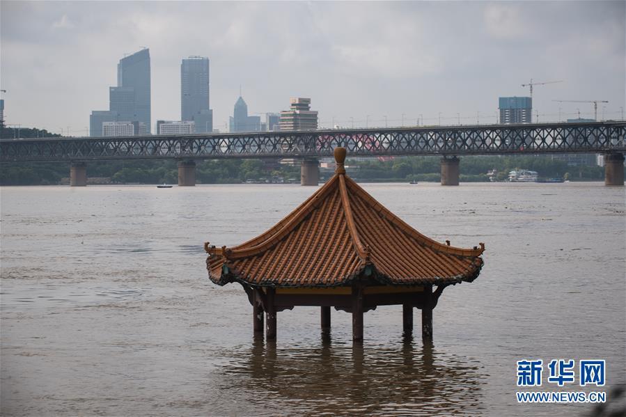 (防汛抗洪)(5)長江中下遊幹流控制站陸續突破警戒水位