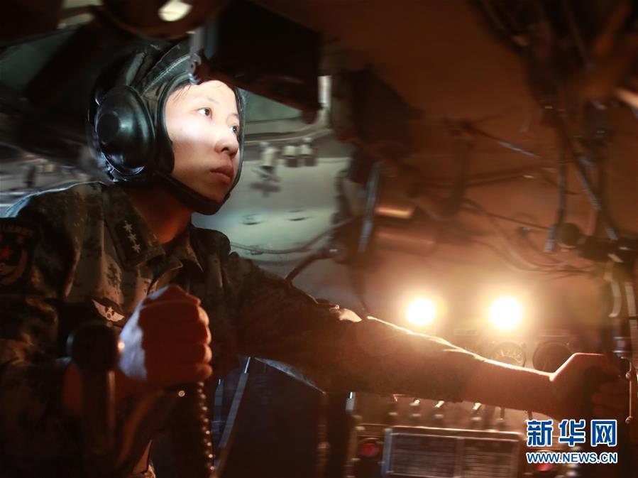 """(圖文互動)(1)邊疆軍營""""花木蘭""""——記""""最美新時代革命軍人""""馬和帕麗"""