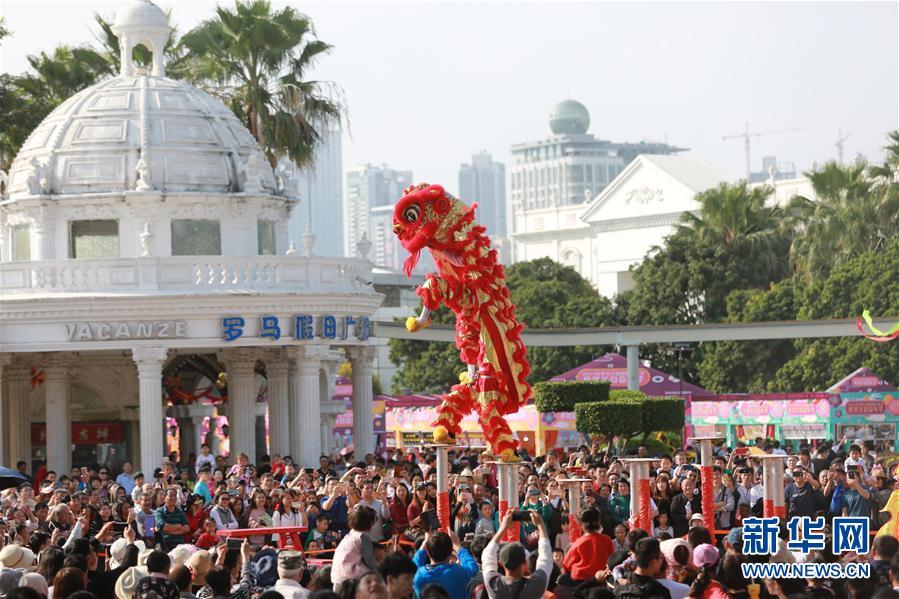 """(图文互动)(2)深圳:春节文明旅游守护景区""""高颜值"""""""