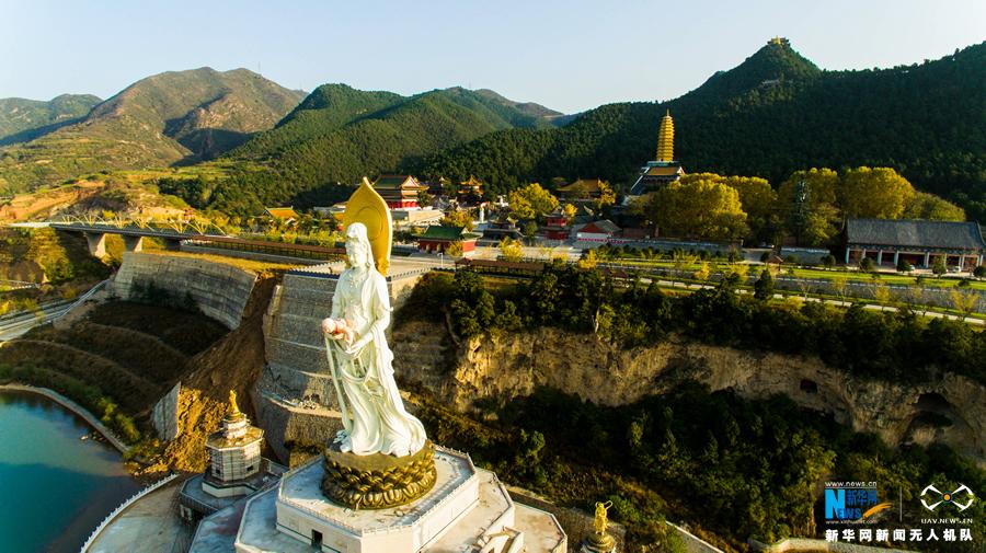 鹿泉灵山风景图片