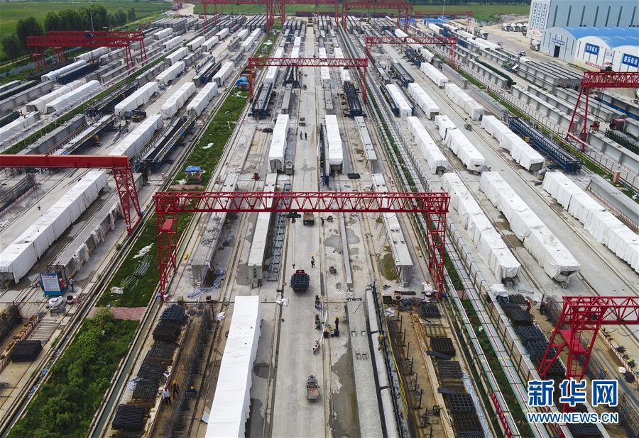 (經濟)(1)京德高速河北段進入施工高峰期