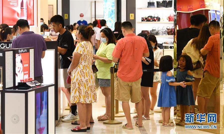 (經濟)(3)新政實施以來海南離島免稅銷售額逾20億