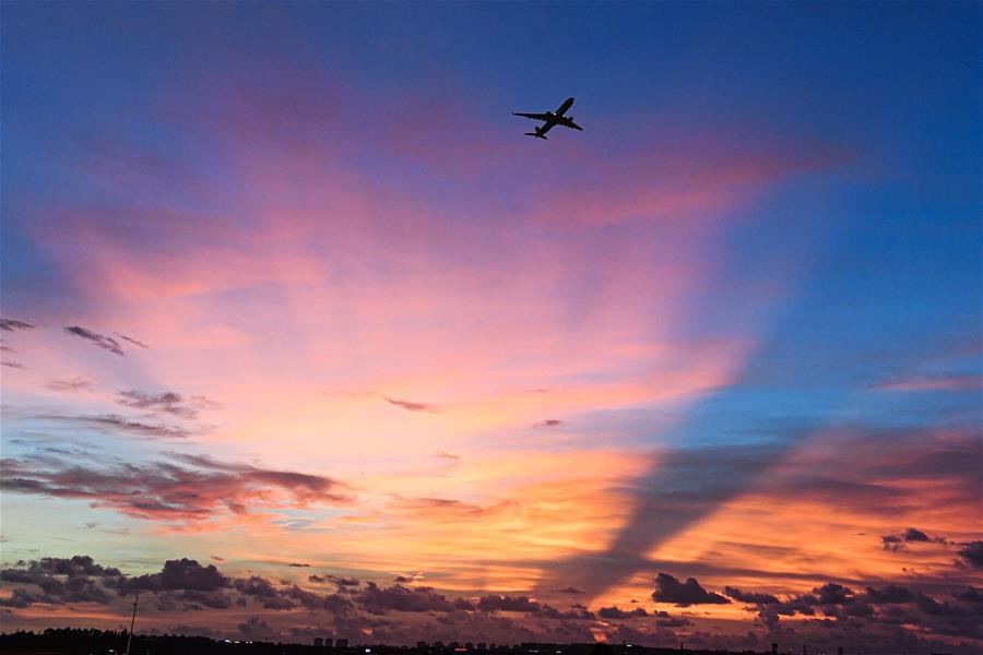 海口美蘭國際機場二期項目開始試飛