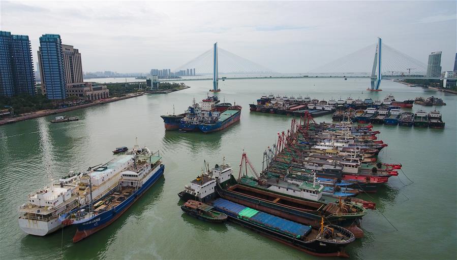海南發布臺風三級預警