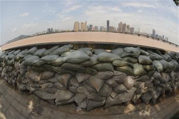 長沙湘江水位退至保證水位以下
