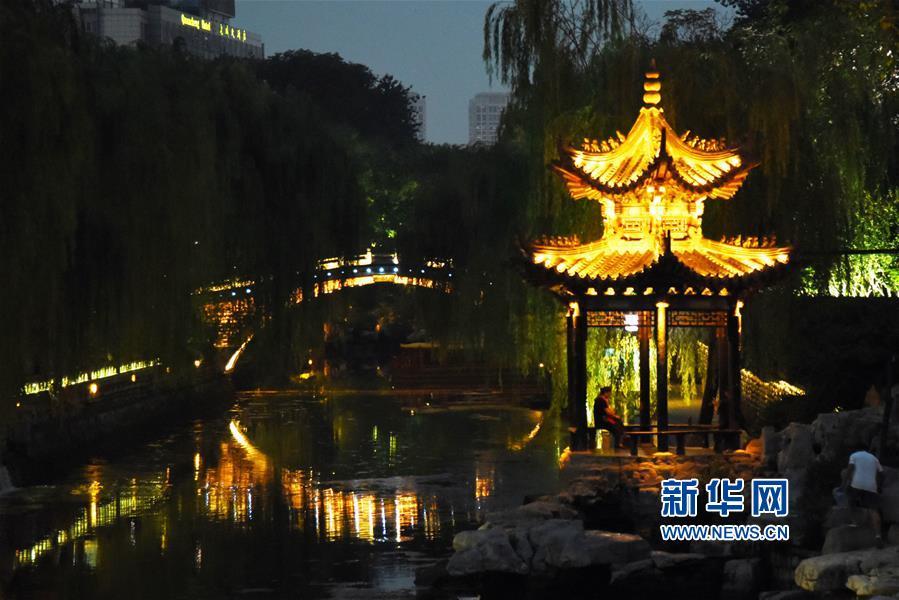 (新華視界)(3)泉城夜景