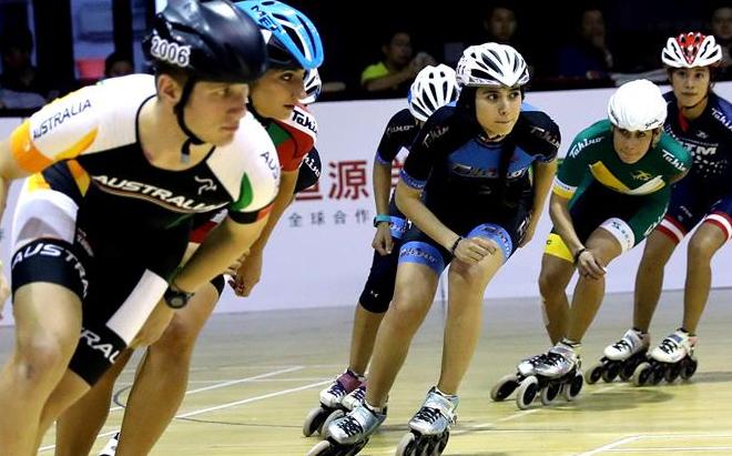 轮滑世界冠军校园公益行在沪举行