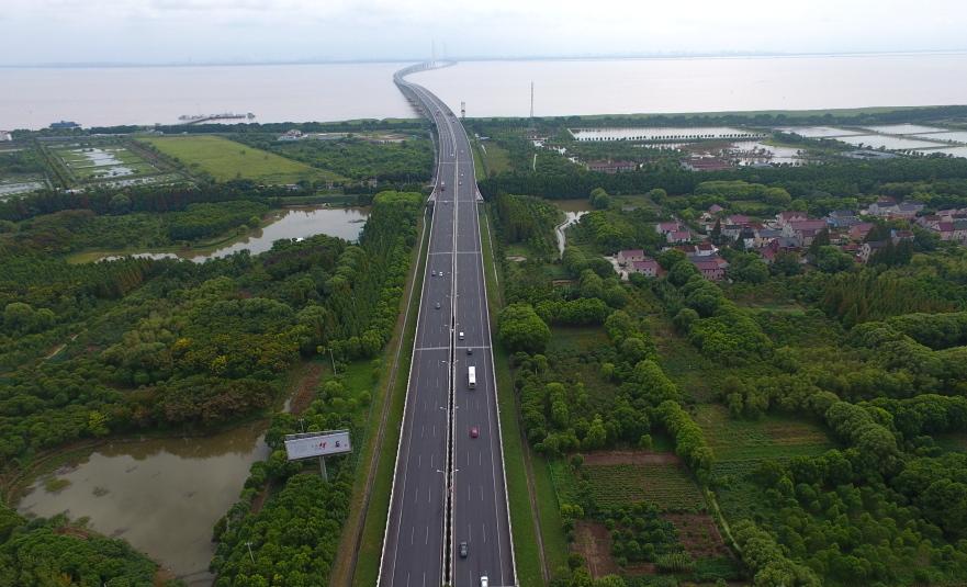 G40长江大桥市区往返崇明恢复正常