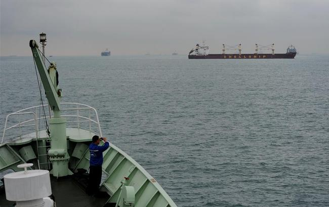 """""""实验3""""号科考船进入马六甲海峡"""