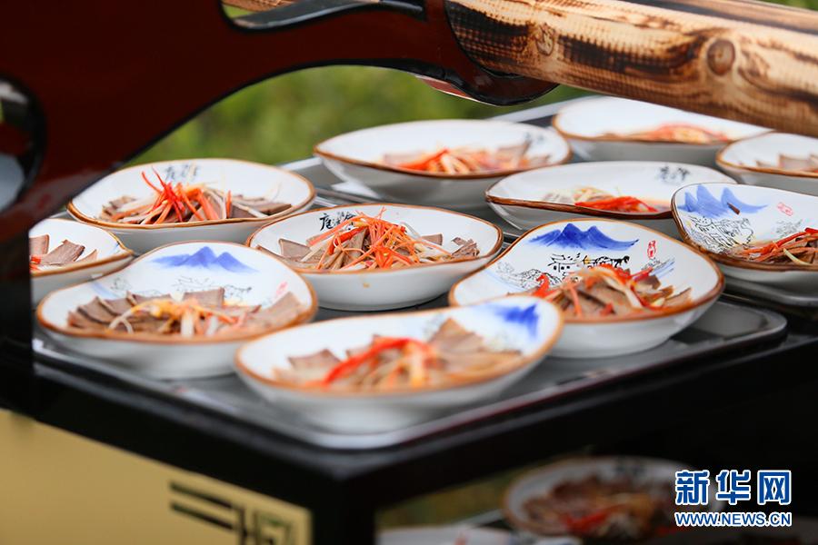 【微视频】这个春节石泉不美不罢休满洲里美食一条街图片