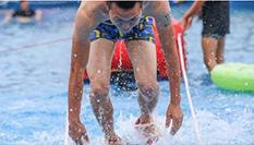重慶舉行水上高跟鞋賽跑