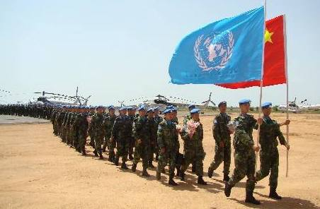 中國維和工兵遠程奔赴達爾富爾新戰區