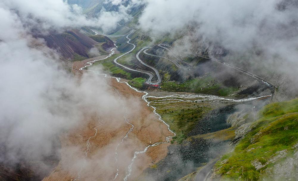 新疆:煙雨獨庫