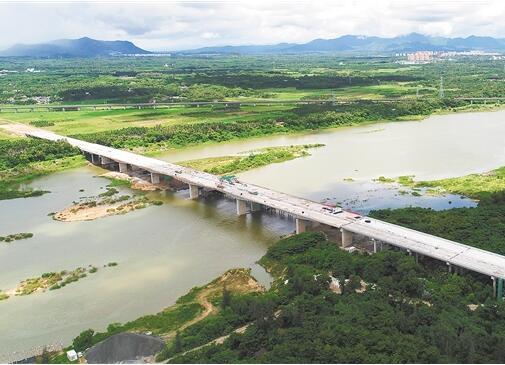文瓊、萬洋高速年內建成通車