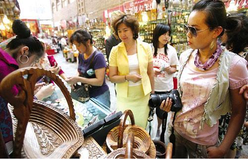 今年上半年新疆旅遊熱潮帶動新增就業逾3.2萬人