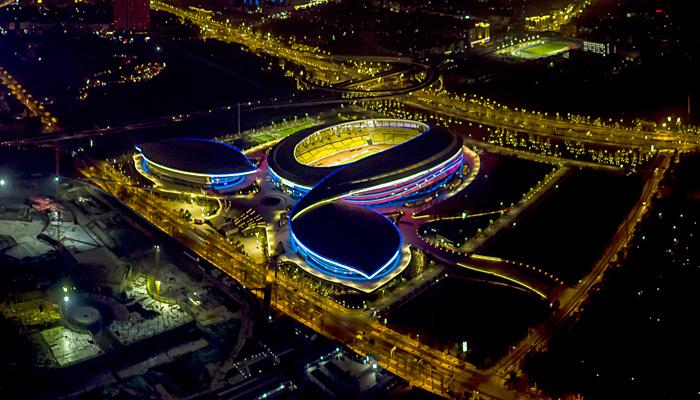 航拍武漢臨空港 璀璨夜色入畫來