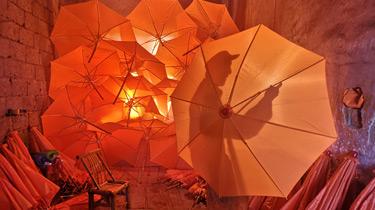 一把油布傘 千年展傳奇