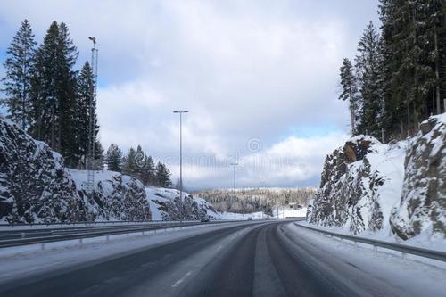 長春、吉林等地仍將有陣雪 關注高速路況信息