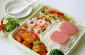 """學生營養餐如何""""暖胃""""又""""暖心""""?"""