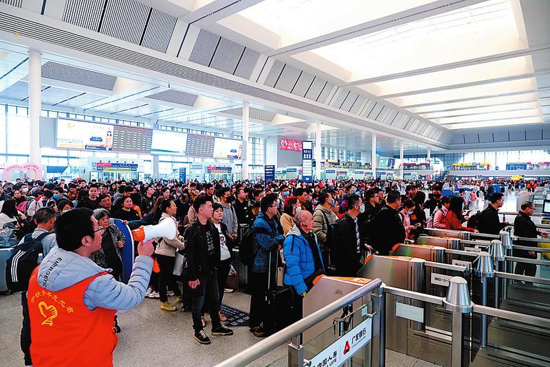 """寧鐵推出""""定制服務""""讓旅客出行更舒心"""