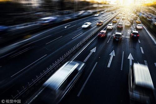 駕車上高速公路請避開這些易堵路段