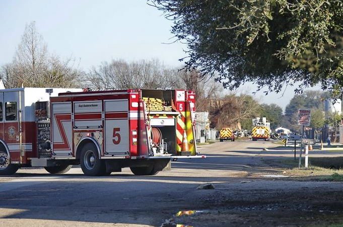 美國休斯敦一工廠發生爆炸致2人死亡