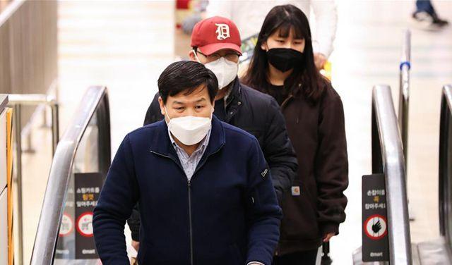 韓國新冠病毒感染病例增至833例